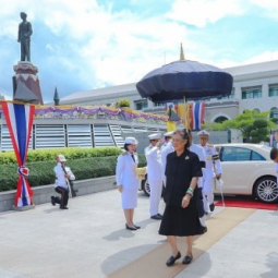 Her Royal Highness Princess Maha Chakri Sirindhorn Attends the Annual Tribute and Wreath Laying Ceremony to Commemorate the Death of His Majesty King Ananda Mahidol