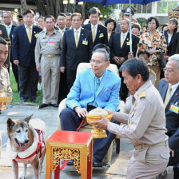 HM the King Visits the Princess Mother Memorial Park, Khlong San District, Bangkok